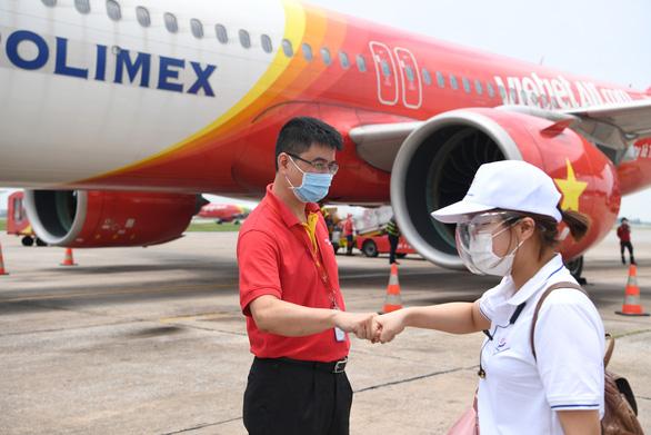 Nữ tỷ phú hỗ trợ nóng hơn 70 tỷ đồng cho những ngày giãn cách ở TP. Hồ Chí Minh - Ảnh 4.