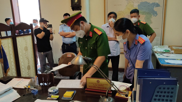 Bắt tạm giam cựu phó giám đốc Sở Công thương Hải Dương - Ảnh 2.
