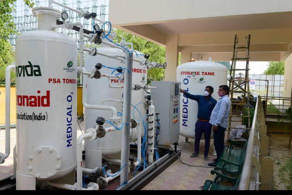 Ấn Độ đã giải quyết tình trạng thiếu oxy y tế như thế nào? - Ảnh 2.