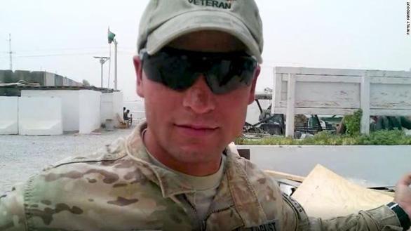 Phiên dịch cho Mỹ ở Afghanistan bị Taliban sát hại dã man - Ảnh 1.