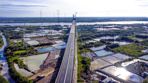 Nhiệm kỳ 2021 - 2025: Đột phá hạ tầng giao thông, liên kết vùng - Ảnh 1.