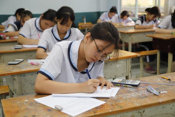 Xét tuyển vào lớp 10 tại TP.HCM: Ngày 8-8 sẽ công bố điểm để học sinh kiểm dò - Ảnh 1.