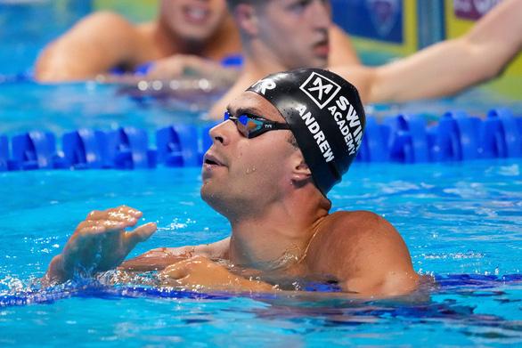 Niềm hy vọng của bơi lội Mỹ tại Olympic gây tranh cãi về vắc xin COVID-19 - Ảnh 1.