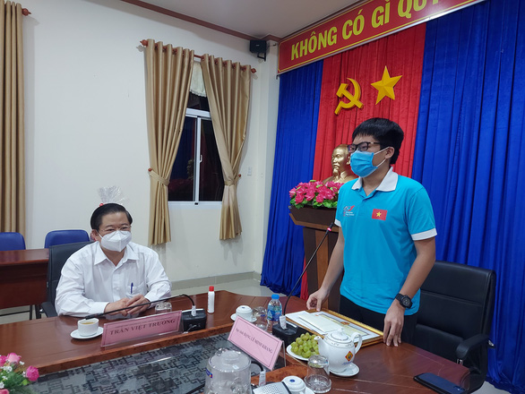 TP Cần Thơ đón chàng trai vàng Olympic sinh học quốc tế trong niềm vui, ấm áp - Ảnh 2.