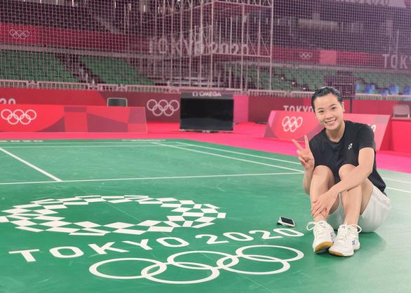 Thùy Linh đánh bại tay vợt gốc Trung Quốc tại Olympic Tokyo - Ảnh 2.