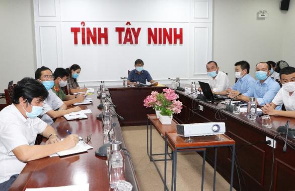 TTC IZ bàn giao Nhà xưởng để lập Bệnh viện dã chiến số 01 - Ảnh 1.
