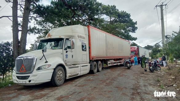 Tạm giữ 29 tấn khoai tây Trung Quốc chuyển vào Đà Lạt - Ảnh 2.