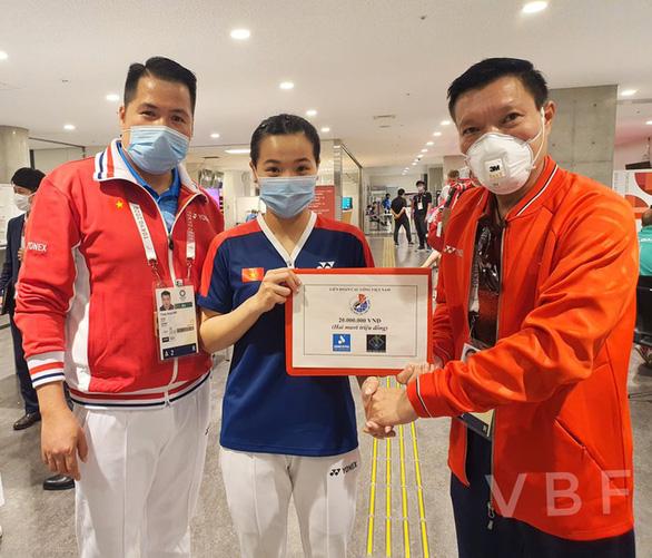Nguyễn Thùy Linh được thưởng nóng 20 triệu đồng sau khi đánh bại tay vợt gốc Trung Quốc - Ảnh 1.