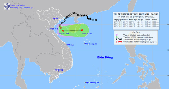 Áp thấp nhiệt đới cách Nam Định - Ninh Bình 120km, gây sóng lớn và mưa to - Ảnh 1.