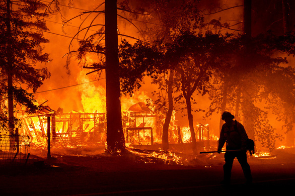 Những hình ảnh cháy rừng thiêu đốt miền tây nước Mỹ - Ảnh 3.