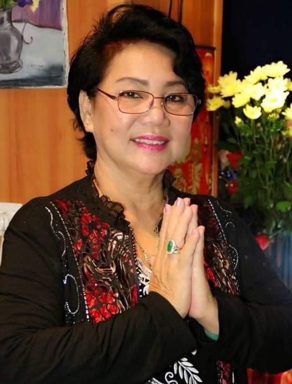 Nghệ sĩ phục trang Kim Phượng qua đời trưa 25-7 sau khi mắc COVID-19 - Ảnh 1.