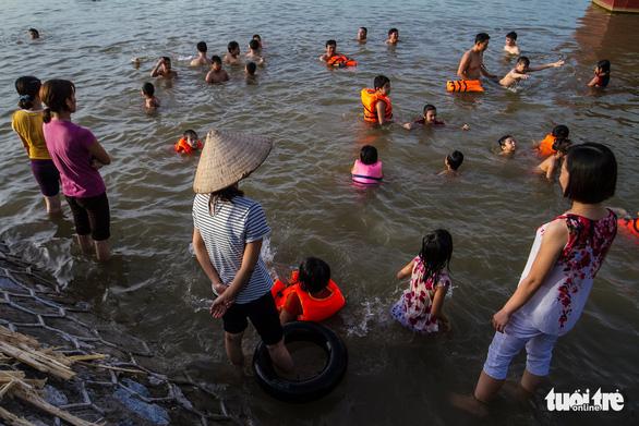 Mỗi ngày hơn 5 trẻ em Việt Nam chết đuối - Ảnh 1.
