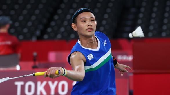 Nguyễn Thùy Linh khiến tay vợt số 1 thế giới phải vất vả - Ảnh 2.