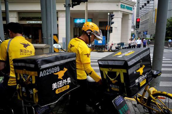 Sau ngành dạy thêm, Trung Quốc sờ gáy các nền tảng giao đồ ăn - Ảnh 1.