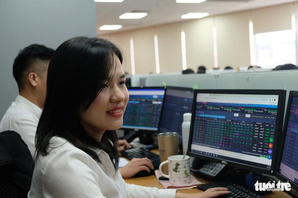Bộ Tài chính: Khẩn trương giao dịch lại lô tối thiểu 10 cổ phiếu - Ảnh 1.