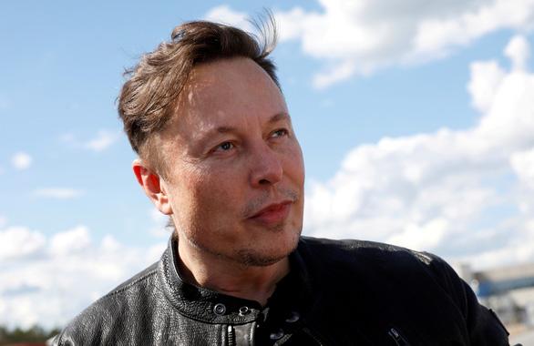 Elon Musk mỉa mai Apple vụ phát triển dòng xe điện tự hành riêng - Ảnh 1.