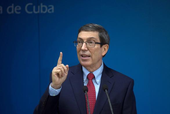 Đại sứ quán Cuba tại Paris bị tấn công bằng bom xăng - Ảnh 1.