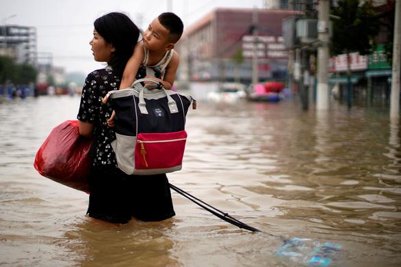 Trung Quốc ra thông báo khẩn cấp về đối phó thời tiết cực đoan - Ảnh 1.