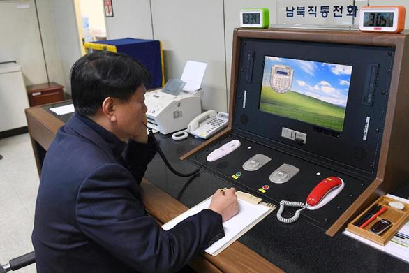 Hàn Quốc, Triều Tiên khôi phục kênh liên lạc liên Triều - Ảnh 1.