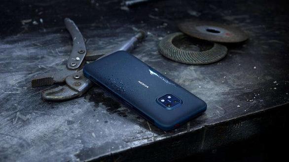 Nokia 'khoe' mẫu smartphone 'nồi đồng cối đá' giá 550 USD - Ảnh 1.