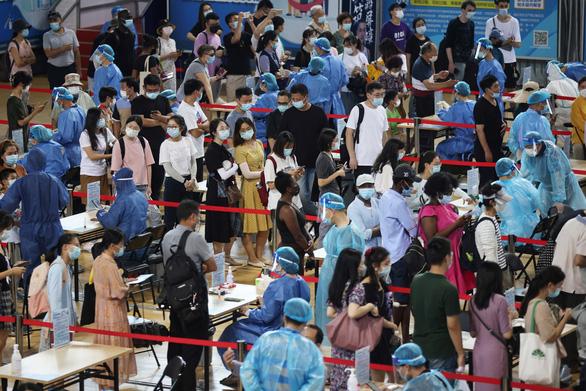 Thành phố hơn 9 triệu dân ở Trung Quốc phát hiện biến thể Delta trong cộng đồng - Ảnh 1.