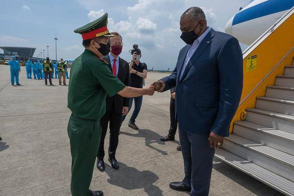 Bộ trưởng Quốc phòng Mỹ Lloyd Austin tới Việt Nam - Ảnh 1.