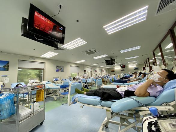 Hội thanh niên vận động hiến máu Hà Nội kêu gọi cộng đồng cùng tham gia - Ảnh 1.