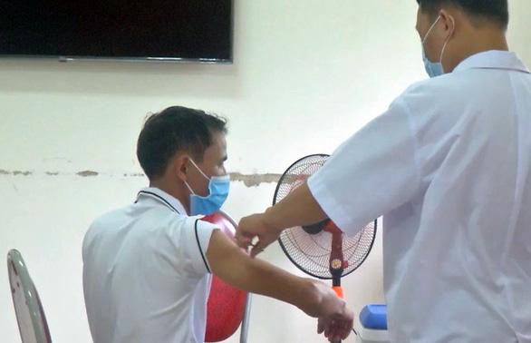 Bí thư Bà Rịa - Vũng Tàu: Đủ vắc xin để tiêm miễn phí cho 70% người dân - Ảnh 2.