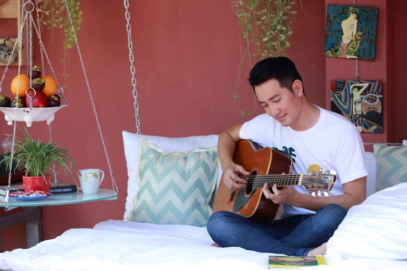 Nguyễn Phi Hùng gieo năng lượng tích cực, niềm tin chống dịch qua âm nhạc - Ảnh 7.