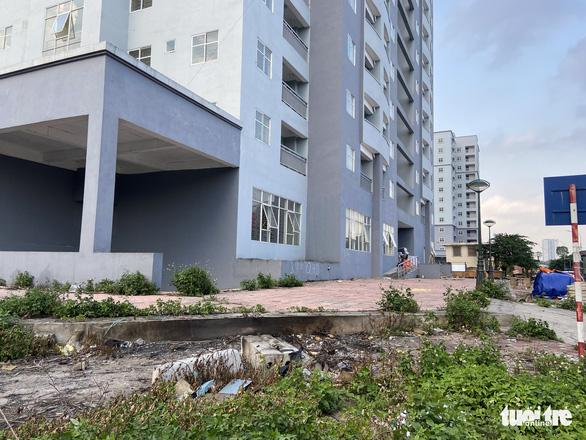 Hà Nội 'thúc' hoàn thiện các hạng mục còn lại của dự án nhà tái định cư để phòng, chống dịch - Ảnh 1.