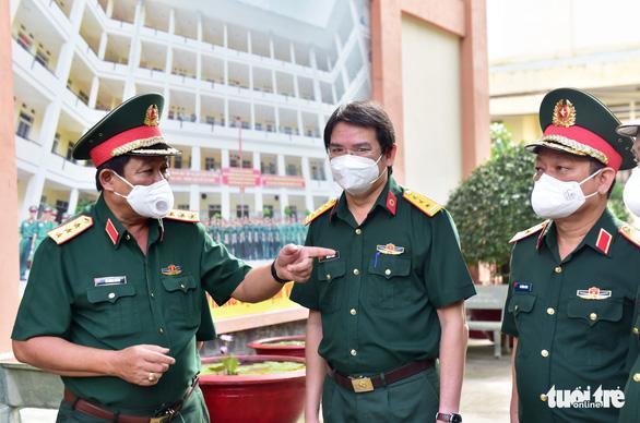 Hàng trăm quân nhân ứng cứu ngân hàng máu Bệnh viện Quân y 175 - Ảnh 4.