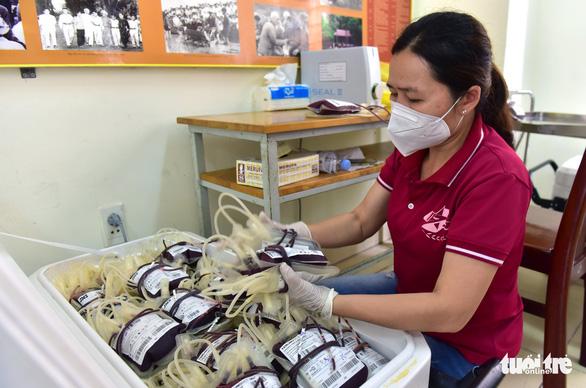 Hàng trăm quân nhân ứng cứu ngân hàng máu Bệnh viện Quân y 175 - Ảnh 3.