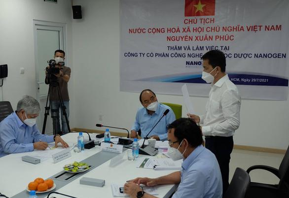 Chủ tịch nước Nguyễn Xuân Phúc yêu cầu Bộ Y tế cấp phép sớm cho vắc xin Nano Covax - Ảnh 5.