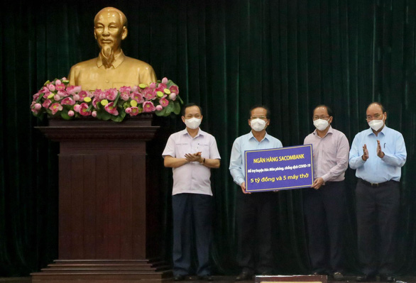 Chủ tịch nước Nguyễn Xuân Phúc yêu cầu Bộ Y tế cấp phép sớm cho vắc xin Nano Covax - Ảnh 2.