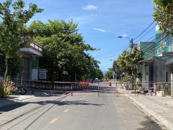 DỊCH COVID-19 ngày 29-7: Hà Nội thêm 39 ca, TP Tam Kỳ tạm dừng một số hoạt động - Ảnh 3.