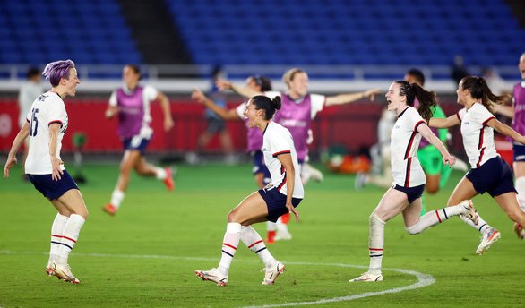 Tứ kết bóng đá nữ Olympic Tokyo: Brazil bị loại, Mỹ đánh bại Hà Lan - Ảnh 2.