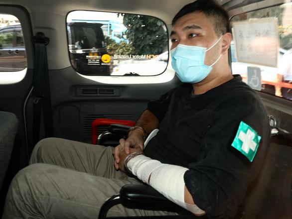 Người đầu tiên bị xử theo luật an ninh quốc gia ở Hong Kong lĩnh án 9 năm tù - Ảnh 1.