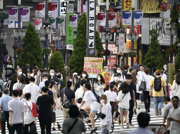 Nhật đề xuất áp đặt tình trạng khẩn cấp thêm 4 tỉnh - Ảnh 1.