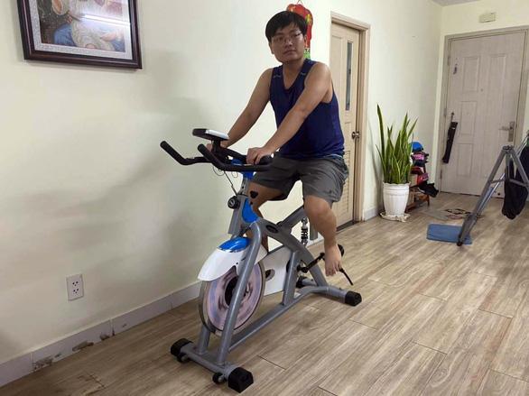 Đủ cách tập thể dục tại nhà - Ảnh 1.