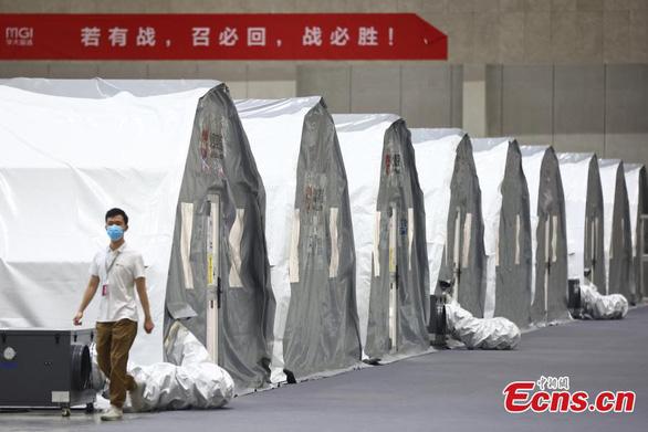 Ổ dịch Nam Kinh của Trung Quốc: Nguồn lây từ chuyến bay từ Nga - Ảnh 1.