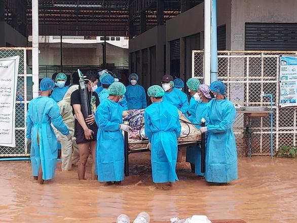 Anh cảnh báo 1/2 dân số Myanmar có thể mắc COVID-19 trong 2 tuần nữa - Ảnh 1.