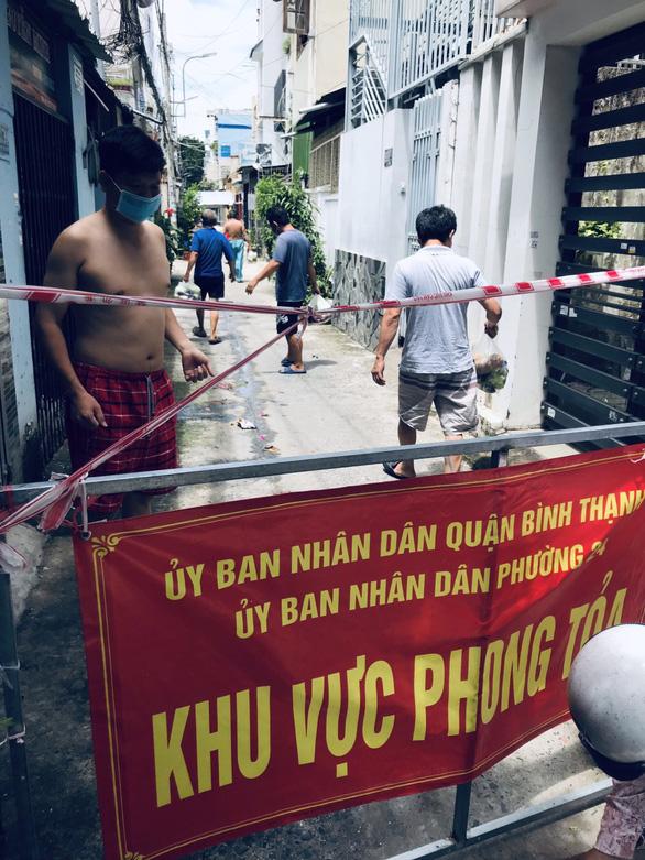 Lâm Đồng tặng 350 tấn rau củ quả cho TP.HCM và các tỉnh - Ảnh 6.