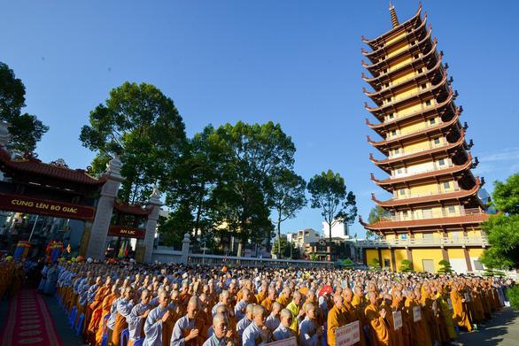 Chấp thuận thành lập bệnh viện dã chiến tại chùa Việt Nam Quốc Tự - Ảnh 1.