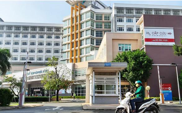 Bệnh viện tư xung phong chia lửa - Ảnh 1.