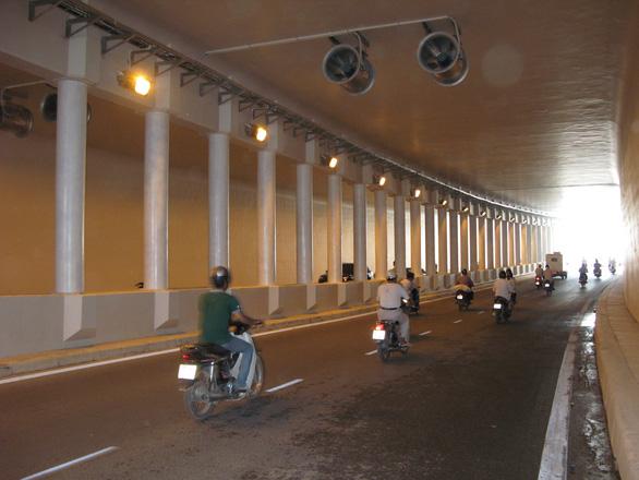 Lần lượt cấm xe từng chiều hầm đường bộ Kim Liên trong 1 tháng để sửa chữa - Ảnh 1.