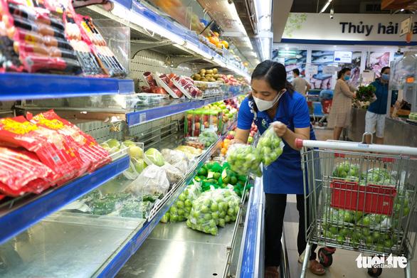 Đà Nẵng không thiếu hàng thực phẩm, người dân không nên đổ xô đi mua - Ảnh 2.