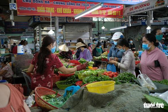 Đà Nẵng không thiếu hàng thực phẩm, người dân không nên đổ xô đi mua - Ảnh 3.