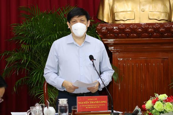 Bộ trưởng Bộ Y tế: Cần Thơ phải chuẩn bị kịch bản cấp độ dịch COVID-19 cao hơn nữa - Ảnh 1.
