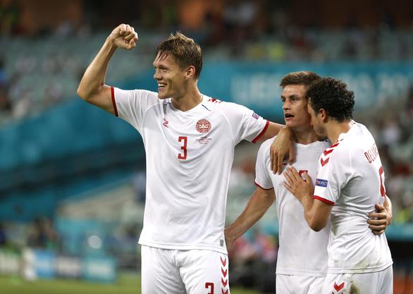 Thắng CH Czech 2-1, Đan Mạch vào bán kết Euro 2020 - Ảnh 1.