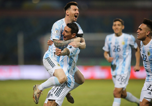 Messi tỏa sáng giúp Argentina hạ Ecuador 3-0 trận tứ kết Copa America 2021 - Ảnh 1.